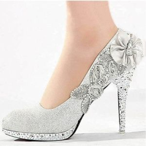 Shoes - White Lace Floral Heels